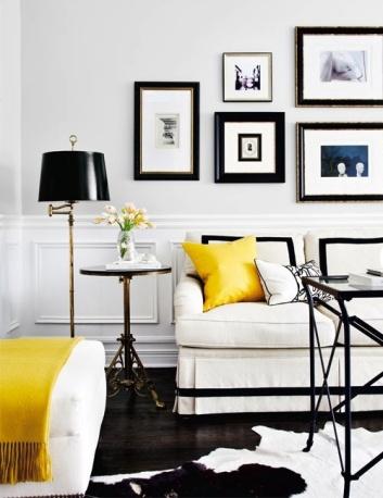 Żółty w biało czarnej klasycznej stylistyce