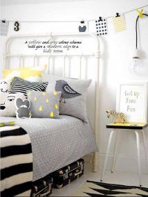 żółty w pokoju dziecięcym.